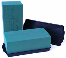 2 Oasis Ideal Wet Block/Brick and 2 Black Sandwich Tray