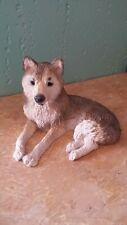 Stone Critters Wolf Figurine Sc405