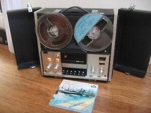 Vintage Hitachi Reel to Reel Tape Recorder