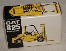 NZG Modell 1:87 CAT B25 Caterpillar Gabelstapler  VINTAGE Diescast 60s 70s