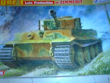 DRAGON 1/35 SCALE WWII GERMAN PZ.KPFW.VI AUSF.E TIGER I LATE W/ZIMMERIT (6383)
