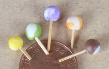 1:12 Scale 5 Round Mixed Lollipops Dolls House Miniature Sweet Shop Accessory