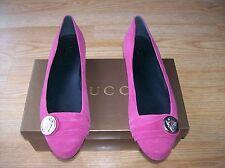 Gucci Shoes Crest Logo Flats Pink Fuschia Suede sz 39.5 US 9.5 NEW