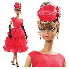 BARBIE LITTLE RED DRESS -- silkstone FASHION  2014 ref CGT 26 NEUVE