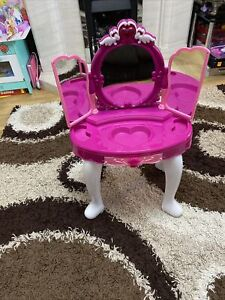 Girls Toy Make Up Table With Light Up And Music