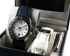 New Nautica yacht Collection Unisex watch blue white straps 2 in 1 gift set box