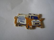 pins camion citroen C25 protection civile paris arthus bertrand