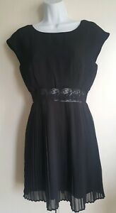 URBAN OUTFITTERS Kimchi Blue Black Mini Pleated cocktail party Dress Size 8/S.