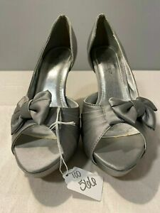 Davids Bridal Maribelle Silver Wedding Shoes Womens US Size 8.5