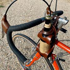 Porte bière cuir La Bouclée vélo La Bouclette support vélo pour bière marron