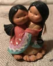 Enesco - Friends of the Feather - Gotta Have A Hug