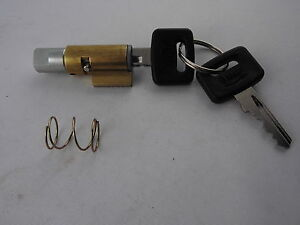 Lenkschloss DUCATI 350 1 Zylinder Scambler - NEIMAN Style kurz flach INF - lock