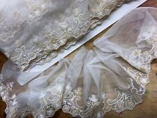 """Vintage 4"""" Scallop 1950s Embroidered Netting  Ivory & Cornflower 1yd Made in USA"""