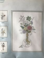 Lanarte Flowers In Vase Counted Cross Stitch Kit #33620 Brand New