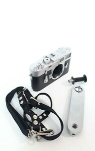 LEICA M3 Single Stroke Ernst Leitz Wetzlar Camera body No. 953717 year 1959