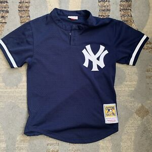 AUTHENTIC COOPERSTOWN COLLECTION YANKEES MARIANO RIVERA 42BASEBALL JERSEY S Used