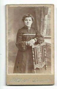 Cdv- Jeune Femme En Robe Avec Colliers, Photo par A Avec de' Ath, Leominster C68