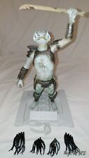 """(USED) """"PREDATOR 2 CREATURE"""" Built & painted plastic model kit by HALCYON"""