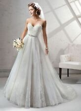 Lace Sleeveless Ball Gown/Dutchess Wedding Dresses