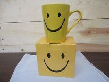 Porcelain Mug - Yellow Smiley Face