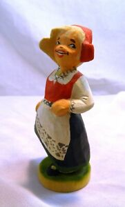 """Vintage 1980s Henning Norway Wooden Figurine #105 Hand Carved Young Woman 4.5"""""""