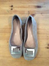 Ladies Grey Slip Ons, Size 4/37. Very Good Condition (A12)