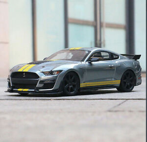 1:18 Maisto Ford Mustang Shelby GT 500 collectors Silver yellow muscle model car