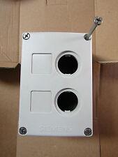 Siemens estación de control Botón Pulsador gabinete, 22mm diámetro - 7429287
