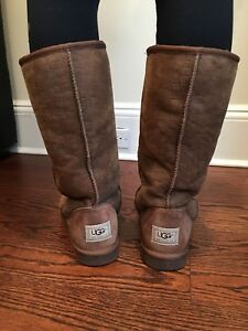 Authentic Classic Tall Uggs - Limited Edition Croc Embossed - Size 9