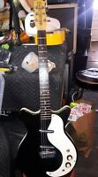 Danelectro DC2 2002 black (mild) sparkle, clean from Fortmadisonguitars, bundle
