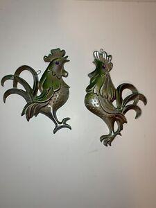 Vintage Metal Iron Peacock Chicken Rooster Green Purple Eye