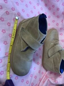 Gap I Think Size 10 Toddler 7 1/2 Inches Long Brown Shoes