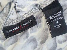 NEW YORK & COMPANY CowlNeckSlinkyGreyPrintSizeM