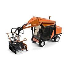 Motorart 13394 Optimas Toro 88 Pavement Block Layer Machine 1/35 Die-cast MIB