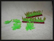 Toy Ag Plastic  farming toys rubber crops Corn field 2 rows and 4 bushy ferns