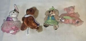 Mattel Furryville Lot of 4 Figures Bunny 122 Lion 123 Pig 124 Dog 125