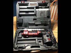Alemite 575-B2 12 Volt Cordless Grease Gun (2 Batteries)