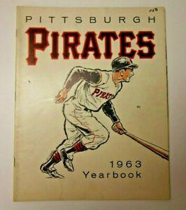 1963 PITTSBURGH PIRATES YEARBOOK MLB BASEBALL PROGRAM DECENT CONDITION RARE