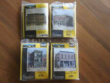 DPM HO SCALE LANDMARK STRUCTURES - SET OF 4 - #12000, #10200, #11400, #11800