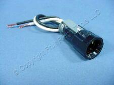 New Leviton Candelabra Base Lamp Holder Light Socket Keyless 75W 125W 10014-500