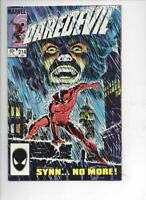 DAREDEVIL #214 VF/NM  Murdock, Without Fear, 1964 1985, more Marvel in store