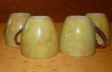 Lot de 4 belles tasses anciennes en porcelaine jaune irisée Iridescent porcelain