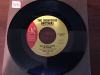 """Righteous Brothers """"The White Cliffs Of Dover""""/ """"She's All Mine"""" 45 PHILLES VG++"""