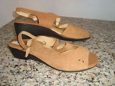 New Beacon Reflections Womens Light Brown Sandals Shoes 11 Narrow