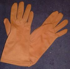 Lady's Vintage Cloth Gloves, Unworn, Brown colour, Size 7, Rene Laird Brand