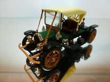 RIO CHALMERS DETROIT 1909 - GREEN+BLACK+CREAM 1:43 - EXCELLENT CONDITION - 6