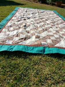 Patchwork Zigzag quilt handmade Twin size green Brown linen cuts red flowers