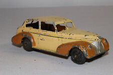 Dinky #39b, 1939 Oldsmobile Two Tone Sedan, Original, Lot #4, Open Chassis
