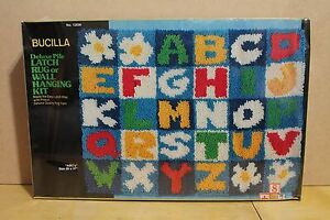 """New Vintage Bucilla Deluxe Pile Latch Rug or Wall Hanging Kit. """"ABC's"""" 20"""" x 27"""""""