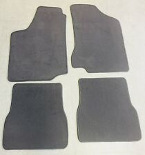 Autoteppich Fußmatten für VW Passat 35i Lim. Variant 4teilig Grau Velours Neu